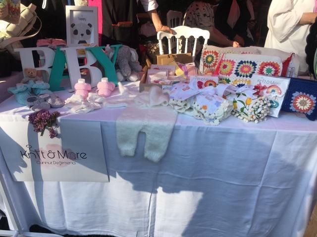 Panayırda, Türkiye'nin birçok ilinden gelen kadın üreticiler, Trabzon'a el emeği ürünlerini sergileme fırsatı buldu.