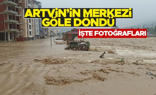 Artvin'in Arhavi ilçesinde dün akşamdan beri yaşanan şiddetli yağışlar sonrasında ilçe merkezi Arhavi Deresi'nin de taşması ile göle döndü.