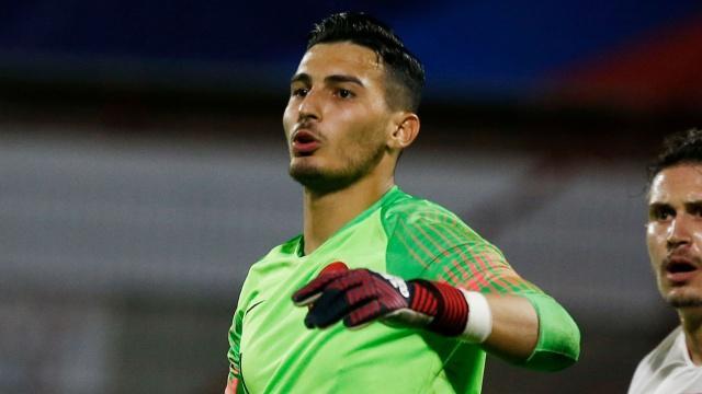 Trabzonspor'un genç kalecisi Uğurcan Çakır'ı isteyen takımlarından en güçlüsü olarak Borussia Dortmund ön plana çıkıyor.