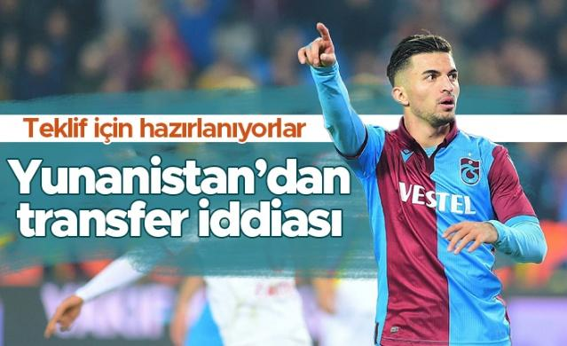 Trabzonspor, yeni sezon hazırlıklarını İstanbul'da sürdürüyor. Dış transferde çalışmalarını sürdüren Bordo-Mavililer'de eldeki oyunculara teklif geliyor.
