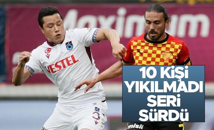 Trabzonspor, Göztepe'ye 10 kişi yenilmedi! Serisini sürdürdü