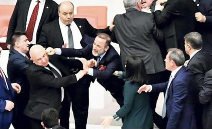 AK Partili vekil 3 kez koronavirüse yakalandı