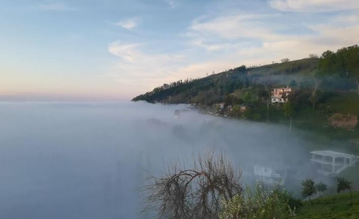 Doğu Karadeniz'de sis bulutlarının görsen şöleni objektiflere böyle yansıdı