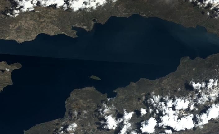 Göktürk uydusunun objektifinden Van Gölü