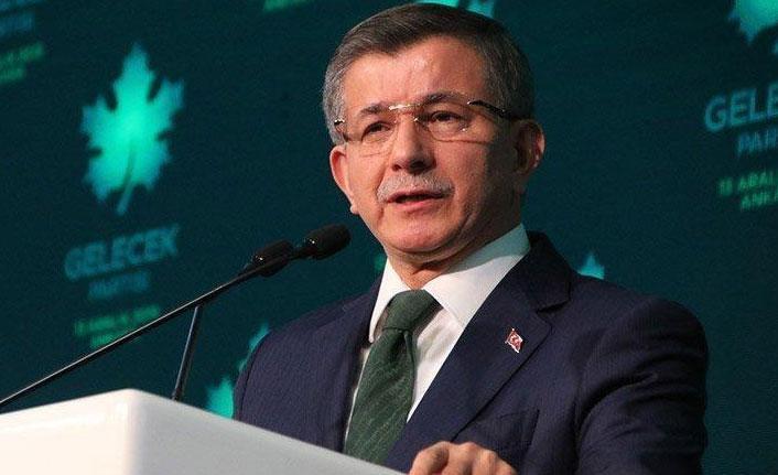 Ahmet Davutoğlu'ndan Kanal İstanbul tepkisi: İstanbul için bir felakettir