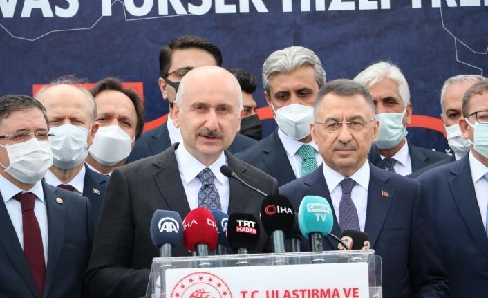 """Bakan Karaismailoğlu: """"Ankara-Sivas Yüksek Hızlı Tren projesinde çalışmaların tamamlanmak üzere"""""""