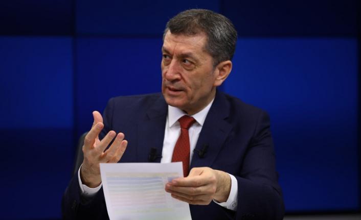 Bakan Seçluk'tan ''LGS'de benzer soru'' iddiasına yanıt