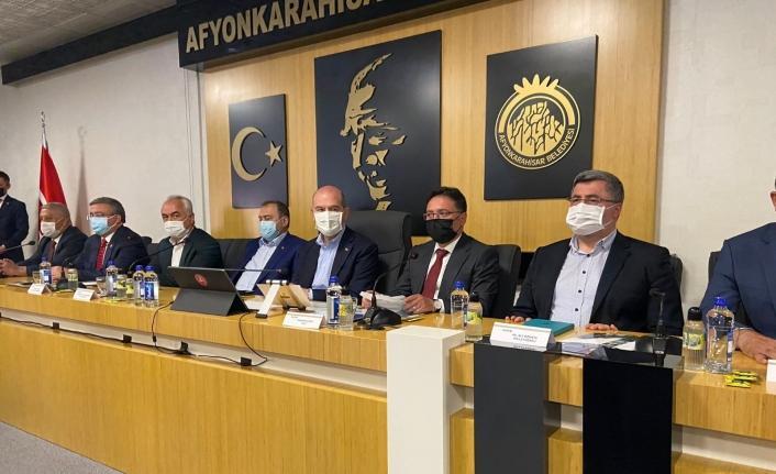 Bakan Soylu parlamenter sistem isteyen muhalefet yüklendi: