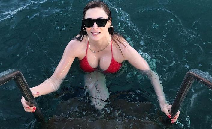 Mine Tugay deniz sezonunu açtı