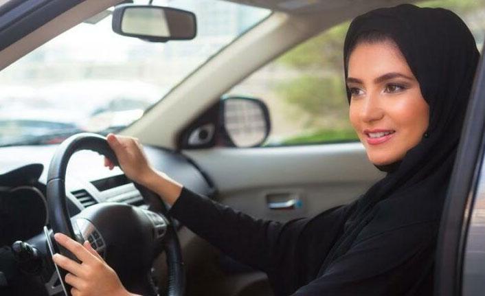 Suudi Arabistan duyurdu! 17 yaşındaki genç kızlara artık serbest...