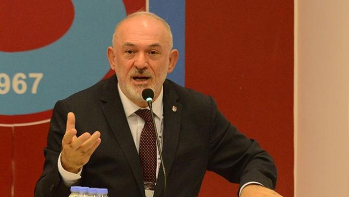 Trabzonspor Divan Başkanı Sürmen gazete küpürüyle mesaj verdi