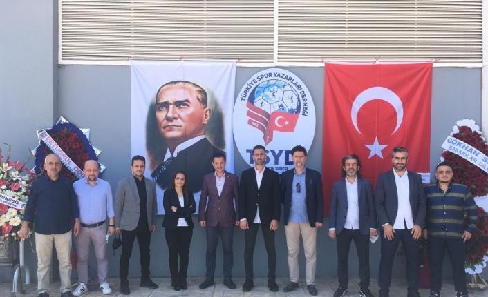 Türkiye Spor Yazarları Derneği (TSYD) Trabzon Şube Başkanlığı'na Selçuk Kılıç yeniden seçildi