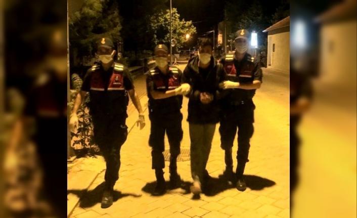 Uşak'tan çalınan motosiklet Denizli'de satılmak üzereyken bulundu