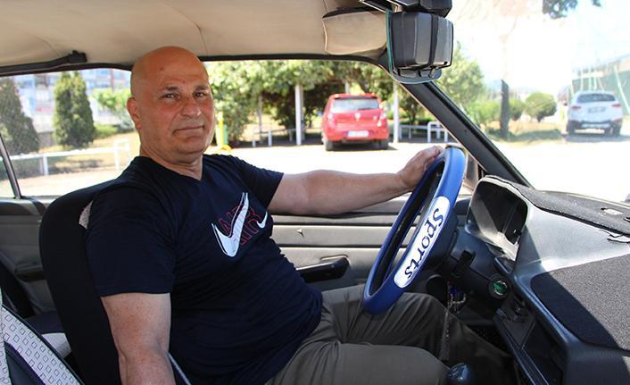 Eski Trabzonsporlu Cemil Canalioğlu transferine karşılık aldığı arabayı 32 yıldır kullanıyor