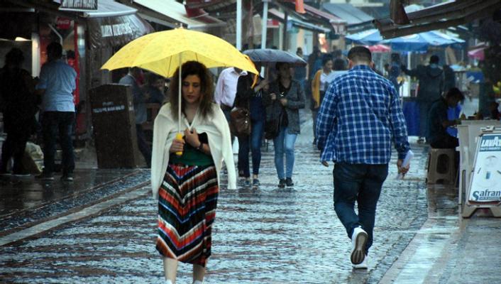 İstanbul, Ankara ve 23 il için sağanak uyarısı!