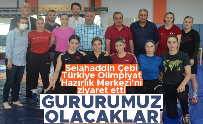 Selahaddin Çebi Türkiye Olimpiyat Hazırlık Merkezi'ni ziyaret etti; 'Gururumuz olacaklar'