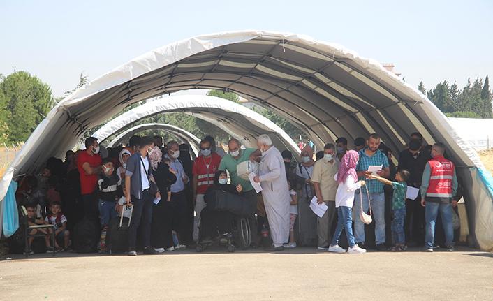 Suriyeliler akın akın ülkesine gidiyor
