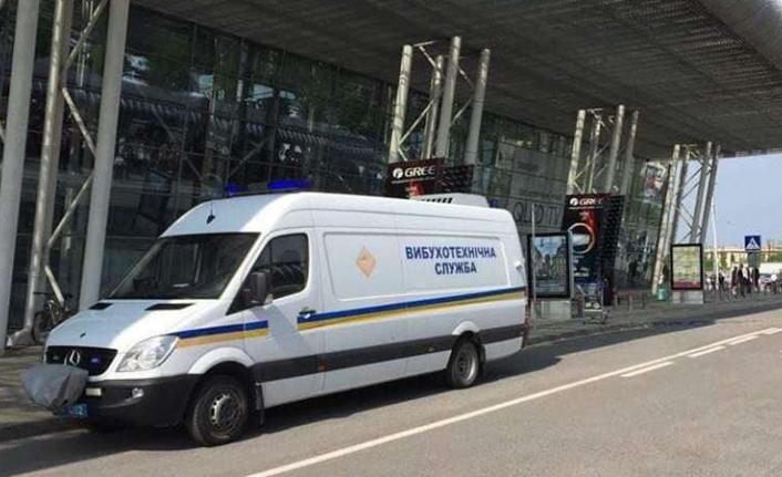 Ukrayna'daki Lviv Havalimanı'nda bomba ihbarı