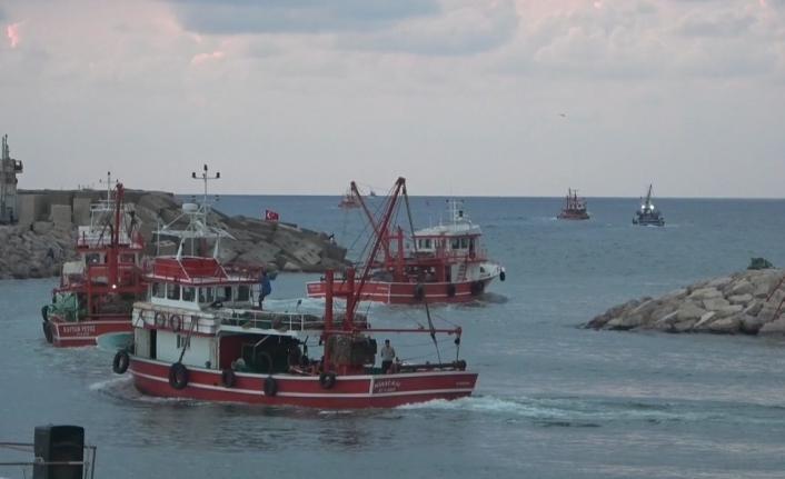 Hataylı balıkçılar 'vira bismillah' dedi