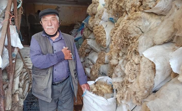Koyun yünlerinin alıcısı yok denecek kadar azaldı