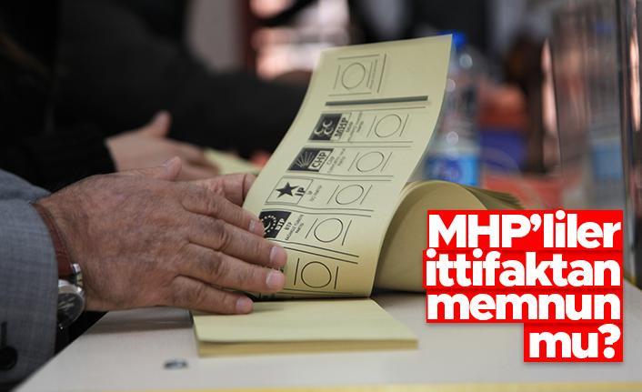"""MetroPOLL'den gündem olacak anket: """"MHP'liler ittifakı memnun mu?"""""""