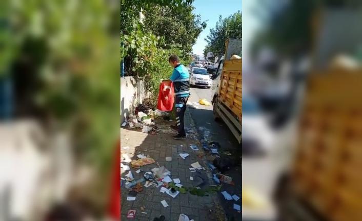 Pendik'te temizlik işçisinin yürek ısıtan Türk bayrağı hassasiyeti