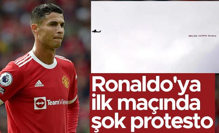 Sahaların yıldızı Ronaldo'ya gökyüzünde 'taciz' protestosu
