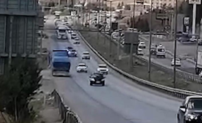 Trafikte ters yöne giren tır sürücüsüne bin 339 lira ceza